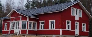 Tältä kylätalo näyttää loppukesästä 2014